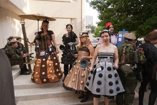 Female Daleks at DragonCon 2011