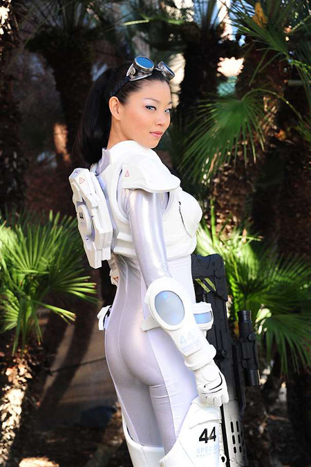 Starcraft Ghost Cosplay Side