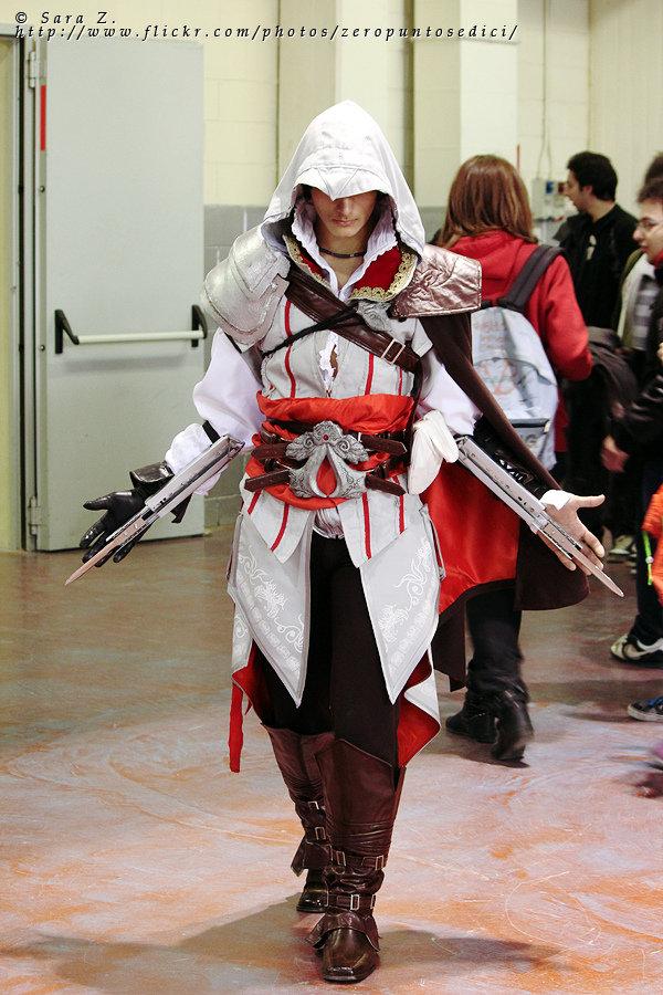Amazing Assassin S Creed Ezio Auditore Cosplay Pic