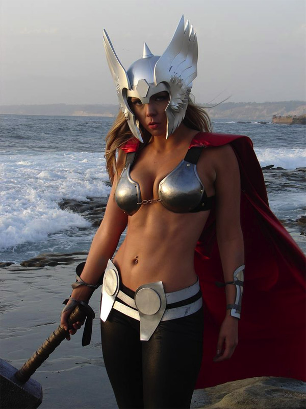 Sexy Thor Cosplay by Toni Darling