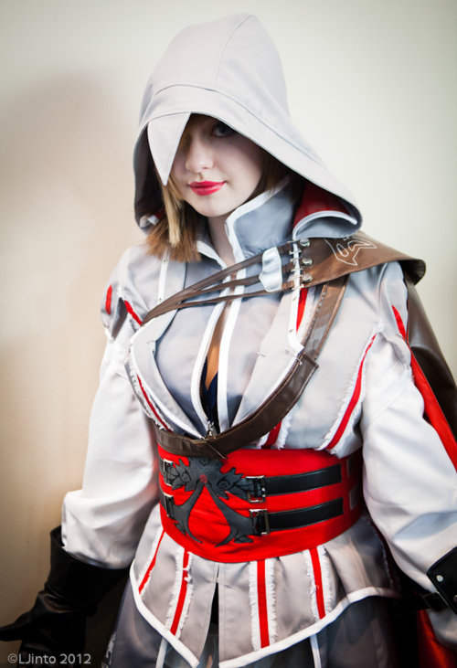Ezio Auditore da Firenze Assassins Creed Cosplay
