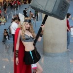 Sexy Lady Thor Cosplay Sports a MASSIVE Hammer [pic]