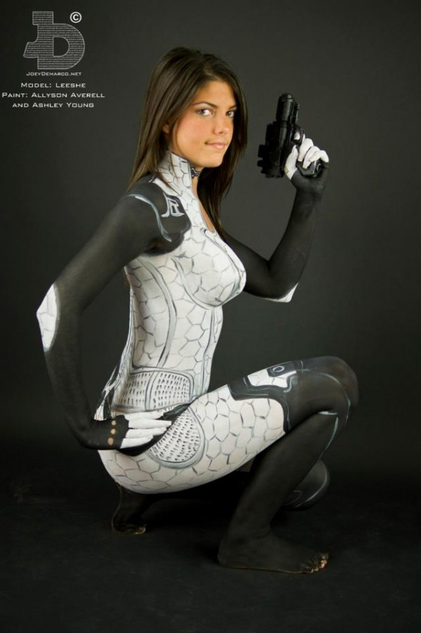 Miranda Mass Effect Body Paint Squat