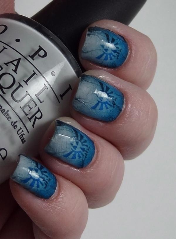Hylian Crest Fingernail Art