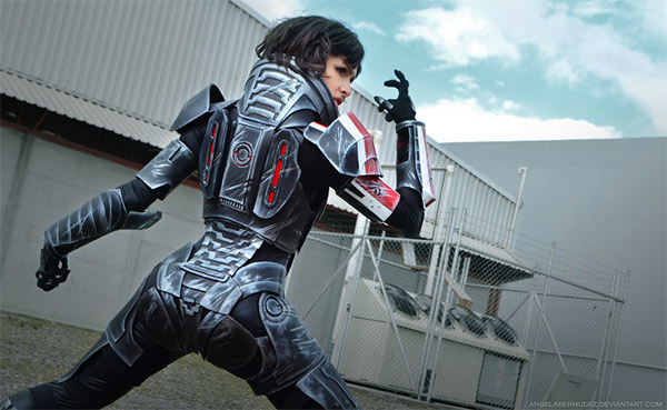 Mass Effect Shepard Cosplay