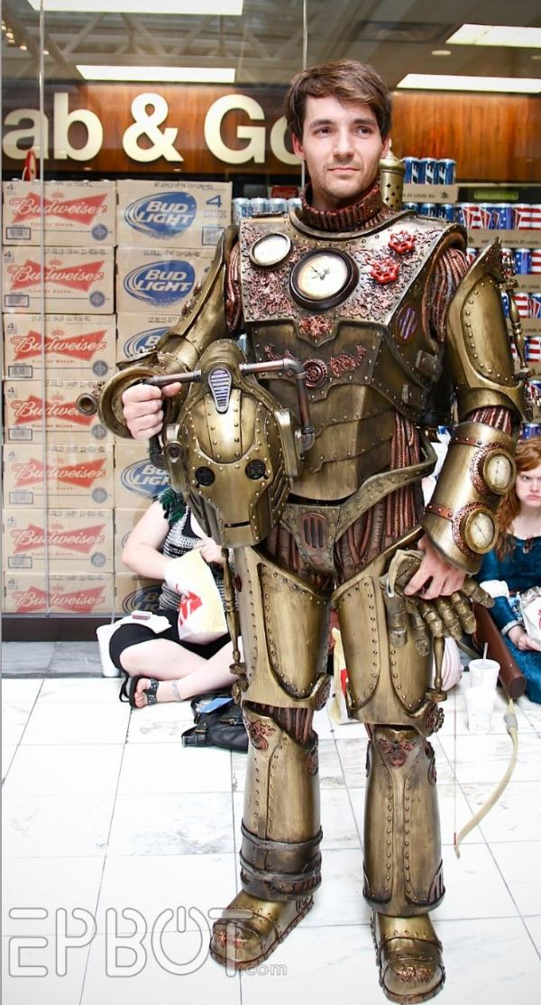 Steampunk Doctor Who Cyberman Cosplay