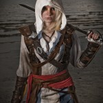 Amazing Assassin's Creed: Black Flag Female Edward Kenway Cosplay