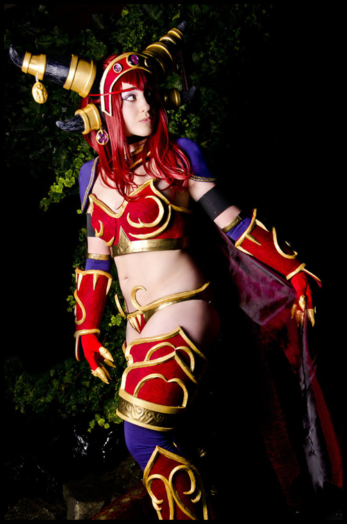 Alexstrasza The Lifebinder Cosplay