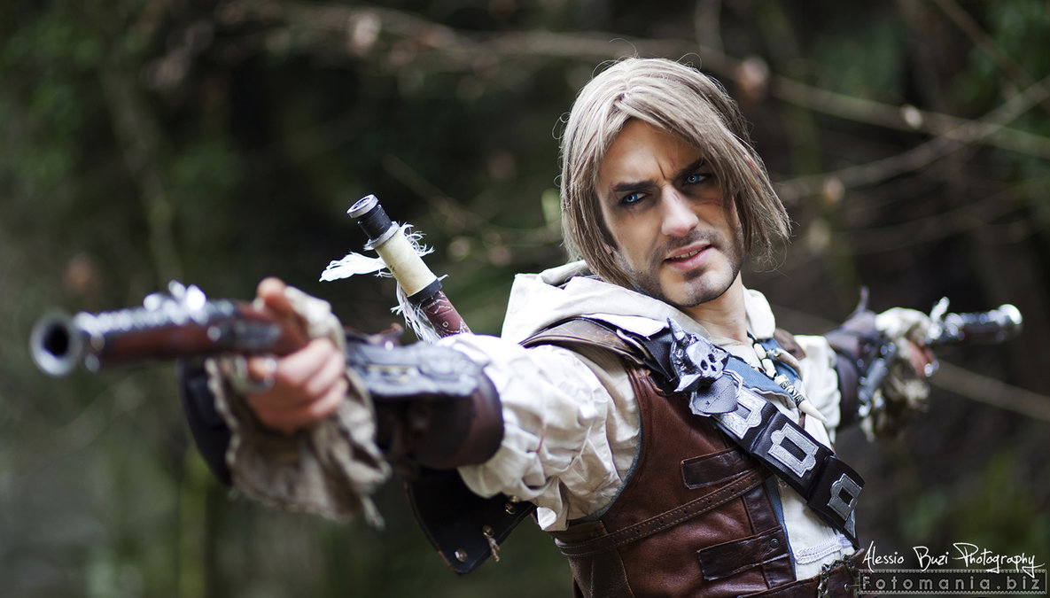 Assassins Creed IV: Black Flag Edward Kenway Cosplay